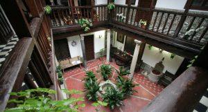 Los_patios_toledanos_se_preparan_para_abrir_sus_puertas_durante_el_Corpus_14928_0_1527359639